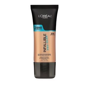 L'Oréal Infallible Pro-Glow Foundation In 205